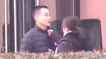 """Chinês quer divórcio por causa do chulé da esposa: """"Muito desleixada"""""""