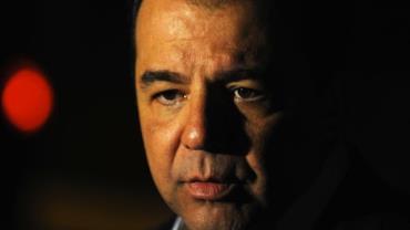 Cabral comprou R$ 3 milhões em diamantes dois meses antes de ser preso