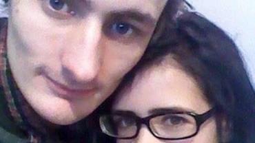 Jovem é condenado à prisão perpétua por matar namorada na frente da filha