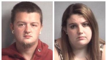 Policias encontram vermes dentro de fralda de bebê e prendem os pais da criança