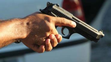Proposta no Senado possibilita porte de armas a partir dos 18 anos