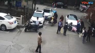 Menino sai ileso de atropelamento graças a uma mochila
