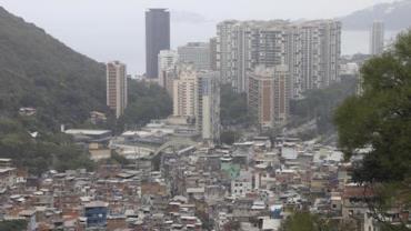 Morre policial militar ferido em tiroteio na Rocinha