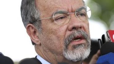 Governo vai pedir mandados de busca e apreensão coletivos no Rio, diz ministro