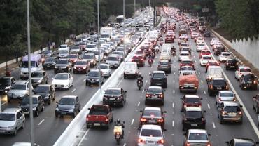 Protesto de caminhoneiros: Prefeitura de SP suspende novamente rodízio de carros e coleta de lixo