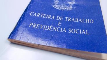 Brasil cria 33 mil novos empregos formais em abril, diz Caged