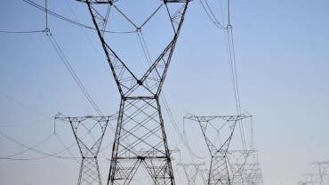 Aneel faz leilão de linhas de transmissão de energia em 13 estados