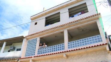 Criança de 4 anos cai do 3º andar de prédio em Viana, ES