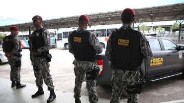 Presos são levados do Ceará para penitenciária no Rio Grande do Norte
