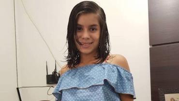 Picada por cobra, menina morre em acidente de carro enquanto era levada às pressas ao hospital