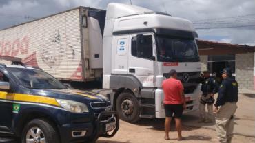 Motorista de caminhão carregado com 27 toneladas de carne é raptado em Parnamirim, no RN