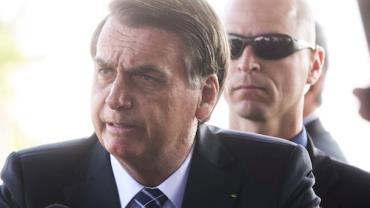 """""""Hoje não chora a família de um inocente"""", diz Bolsonaro após fim de sequestro de ônibus"""