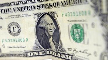 Banco Central vende dólares das reservas pela 1ª  vez em dez anos