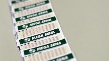 Ninguém acerta e prêmio da Mega-Sena acumula em R$ 35 milhões