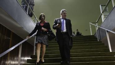 Justiça do Rio concede habeas corpus aos ex-governadores Garotinho e Rosinha