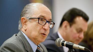 Marcos Cintra deixa comando da Receita Federal, confirma ministério