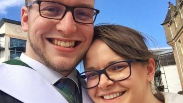 Marido e mulher descobrem que são gays e anulam casamento 1 ano depois