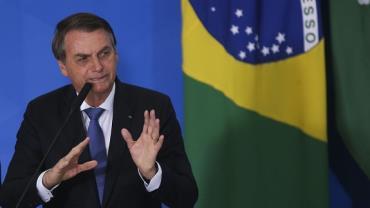 Médico de Bolsonaro fará esta noite avaliação da alimentação