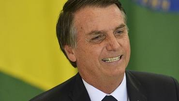 Após alta, Bolsonaro retorna a Brasília e diz: 'Voltando ao trabalho'