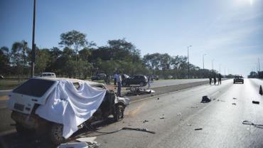 Acidentes em rodovias federais deixaram 14 mortos por dia em 2018, diz pesquisa