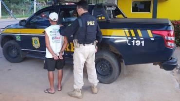 Idoso é preso após sair de motel com criança de 11 anos em Rondônia
