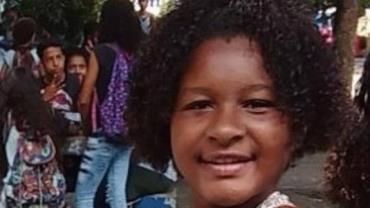 Menina de 14 anos morre após ganhar pirulito de mulher em trem no RJ