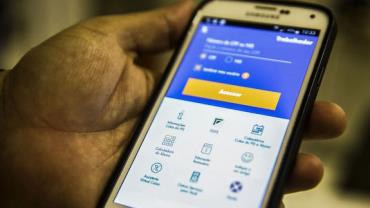 Mais de 10 milhões poderão sacar até R$ 998 do FGTS, diz Caixa Econômica