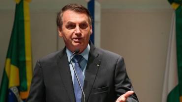 Bolsonaro cumprimenta premiê britânico pela reforma nas urnas