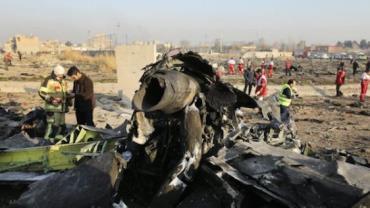Irã admite abate de avião ucraniano com míssel e reconhece erro
