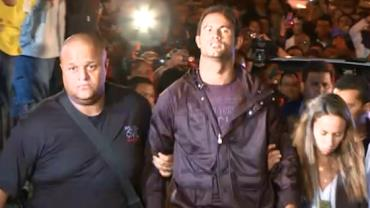 Operário-MT desiste de contratar o goleiro Bruno após protestos
