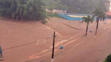 Chuvas deixam mortos e desaparecidos em Minas Gerais