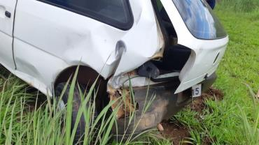 DF: Homem abandona três filhos em carro após se envolver em acidente