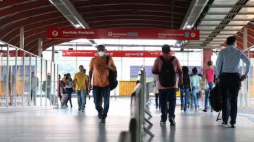 Uso de máscaras poderá ser obrigatório em trens e metrô de São Paulo