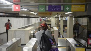 Rio de Janeiro decide congelar tarifa do metrô até o fim do mês