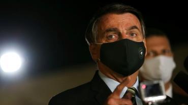 """Bolsonaro fala em reabertura """"responsável"""" da economia"""