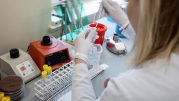 Vacina desenvolvida pela China mostra resultados promissores contra a Covid-19