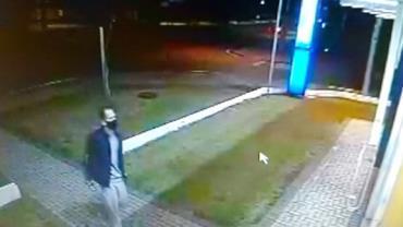 PR: Homem assalta farmácia e estupra três mulheres durante o roubo