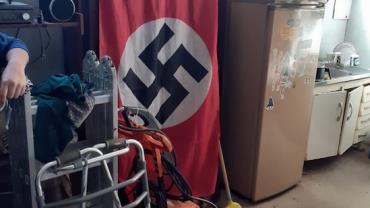 Homem é preso com nove armas e bandeira nazista em São Paulo