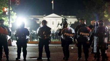Washington decreta toque de recolher após protestos por Floyd
