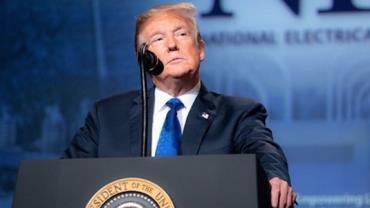 Irã emite mandado de prisão contra Trump por morte de general e aciona a Interpol