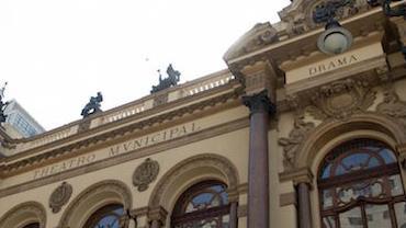 São Paulo antecipa reabertura de cinemas, museus, teatros e academias