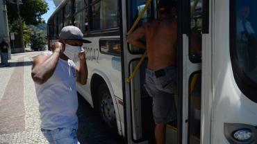 Pandemia atingiu 'platô' no Brasil, diz diretor da OMS
