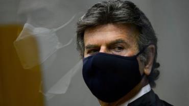 Luiz Fux toma posse como presidente do STF e do CNJ