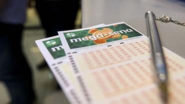 Ninguém acerta as seis dezenas e Mega-Sena vai a R$ 50 milhões