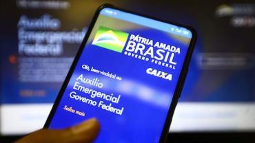 Auxílio emergencial: beneficiários do Bolsa Família com NIS final 2 recebem hoje