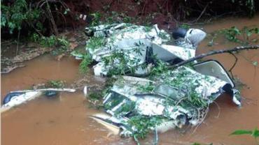 Família morre em acidente de avião em área rural do Paraná