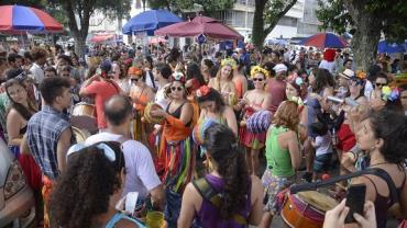 Governo do Rio de Janeiro cria carnaval fora de época