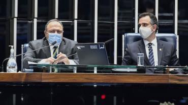 Pazuello: variação do vírus encontrada em Manaus se espalhou pelo país