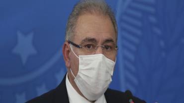 Queiroga anuncia antecipação de 15,5 mi de doses da vacina da Pfizer