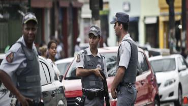 Homem é preso suspeito de violência doméstica e porte ilegal de arma de fogo em SP